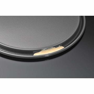 Kaiser Inspiration Mini Springform 18cm rund, kleine Kuchenform mit Flachboden, Backform klein beschichtet, Springform klein für 1/2 Rezeptportion - 2